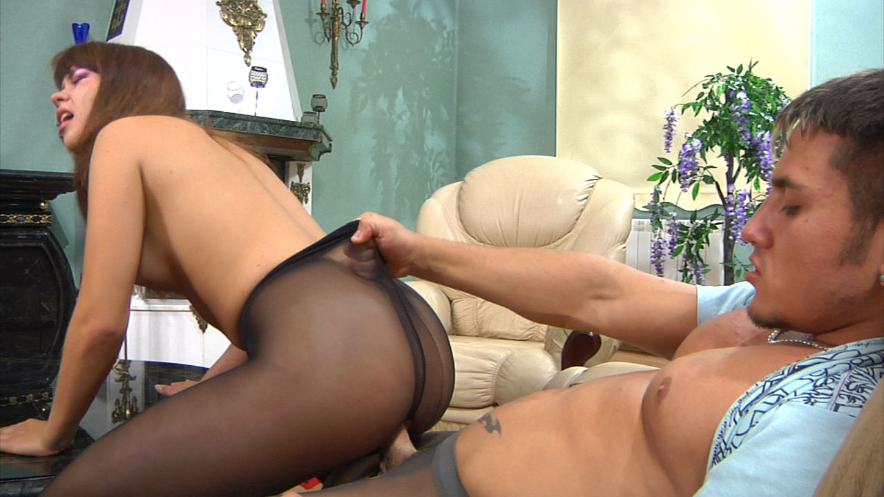 Jessica and Govard mindblowing anal pantyhose movie