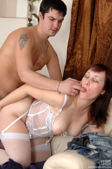 секс фото зрелые белье