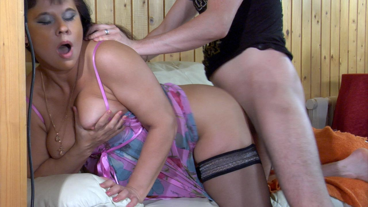 hot mature pussy. Brunette mom Kathleen finally has her a young horny stud ...