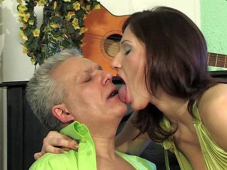 tn 001 450 Sexo Gay Gratis   Jaclyn&Caspar girl and daddy movie