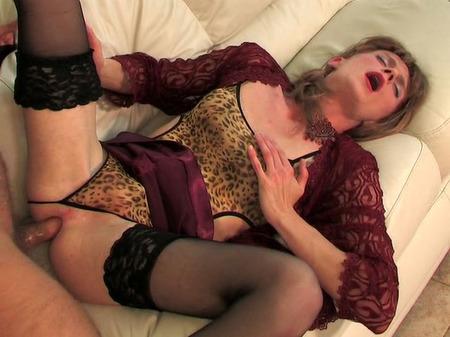 мужчины в женском одеянии порно видео