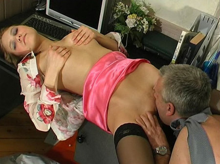 tn 002 450 Pussy Spread Open From Behind   Louisa&Caspar girl and daddy movie