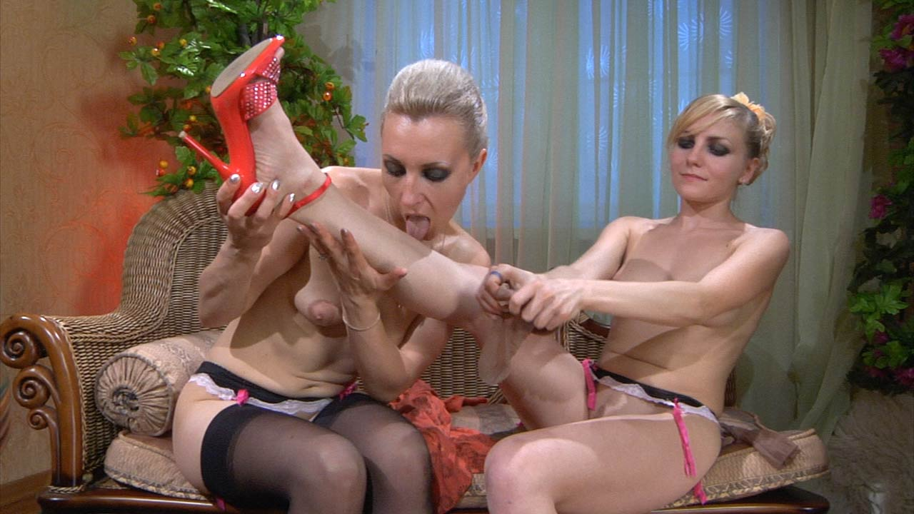 Betty and Judith 69 lesbian action