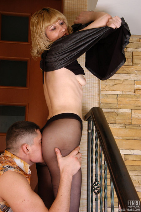 The Bottom Part Of This Milf Looks Too Sey Encased In Her Wonderful