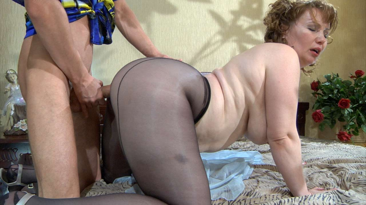 Video Matures And Pantyhose 56