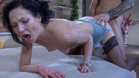 tn 002 450 Maggie&Frederic mindblowing nylon video