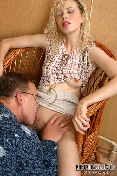Dick raising sexy gal fucked hard and cummed on pussy 5