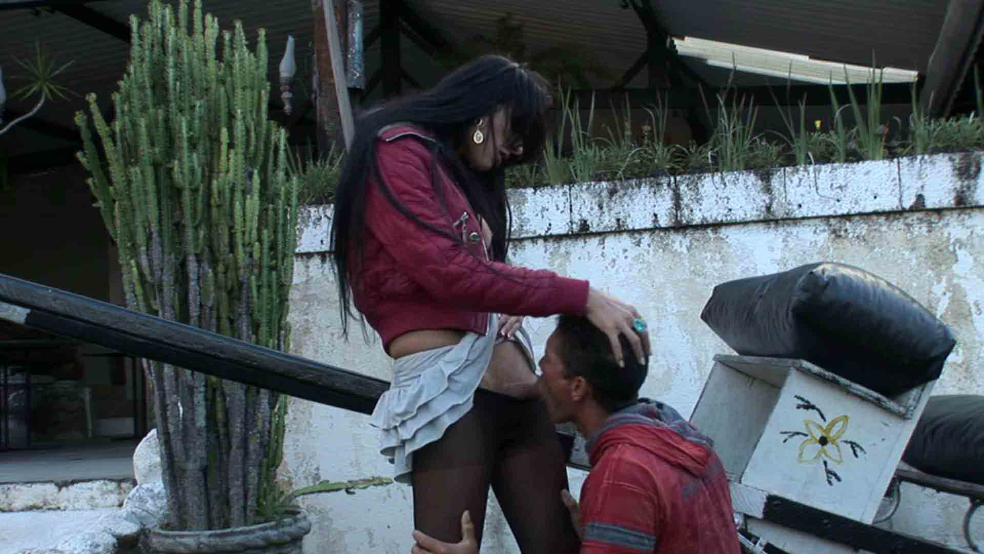Viviane and Flavio shemale dicking guy on