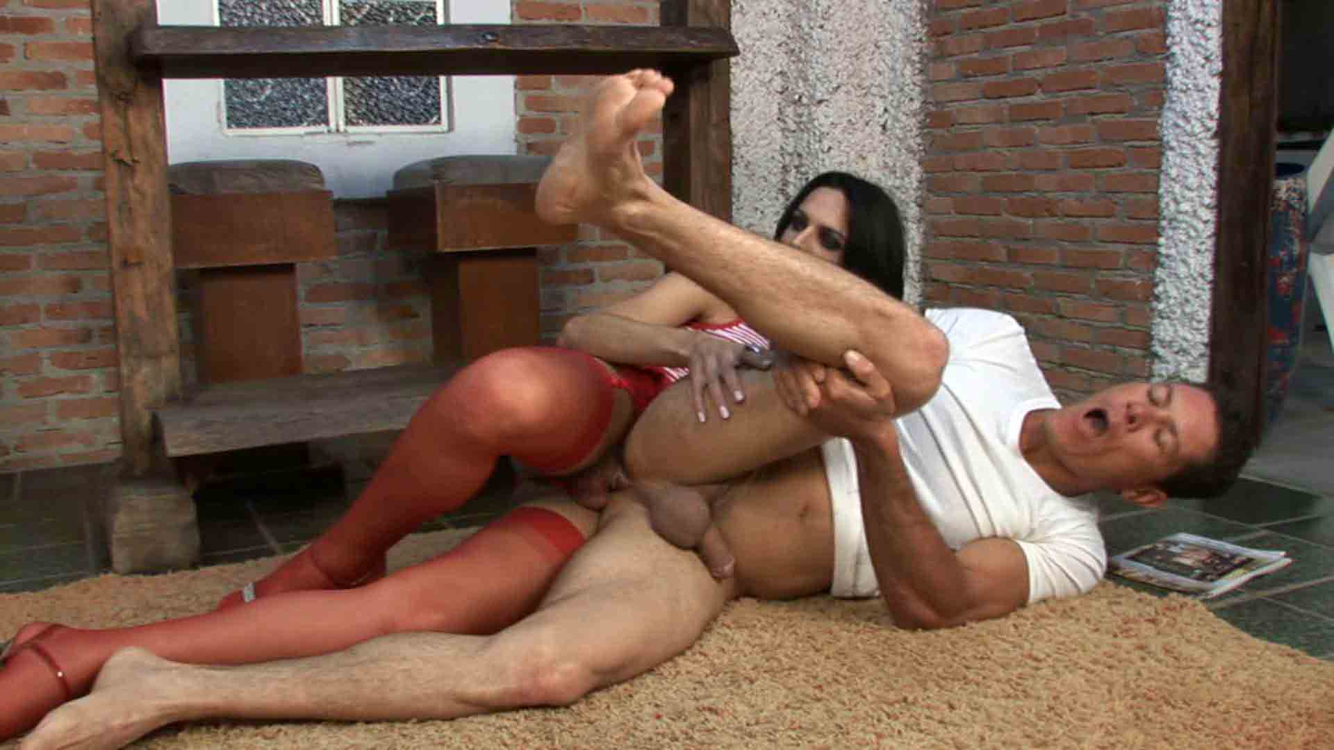 Viviane and Flavio shemale fucking dude on