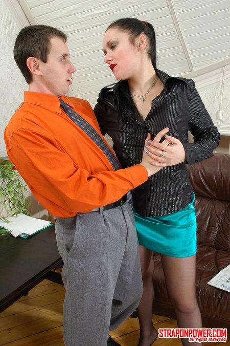 tn 001 450v Lesbian Domination Pics   Rosa&Serge horny strapon domination